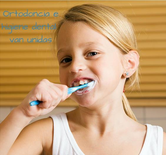 higiene dental-ortodoncia infantil aumenta la autoestima